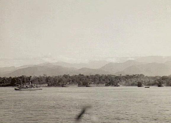 Australian troops landing at Lae, New Guinea, 4 September 1943 (Australian War Memorial No. 042371)