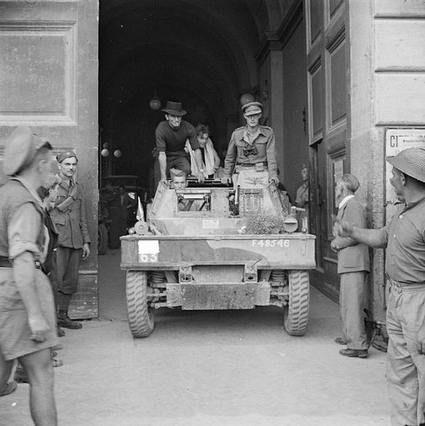 1st King's Dragoon Guards at the town hall in Naples, 1 October 1943 (Imperial War Museum NA 7433)