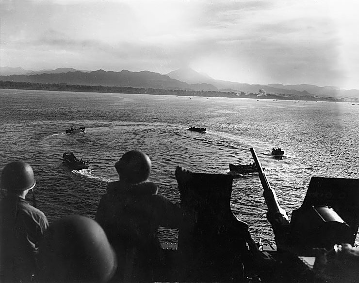 LCVP landing craft circling off Cape Torokina, Bougainville, Solomon Islands before landing, 1 Nov 1943 (US Marine Corps photo)