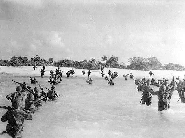 US Marines landing on Eniwetok, 17 February 1944 (US Marine Corps Photo)