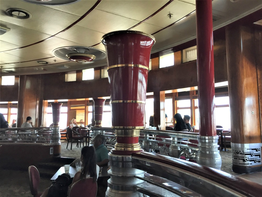 Observation Bar in the Queen Mary. Long Beach, CA, June 2017 (Photo: Sarah Sundin)