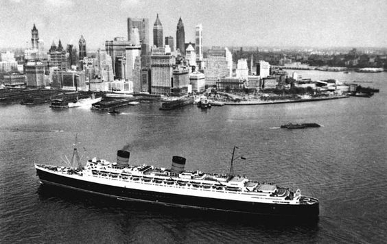 RMS Queen Elizabeth in New York City after World War II (public domain via State Library of Queensland)