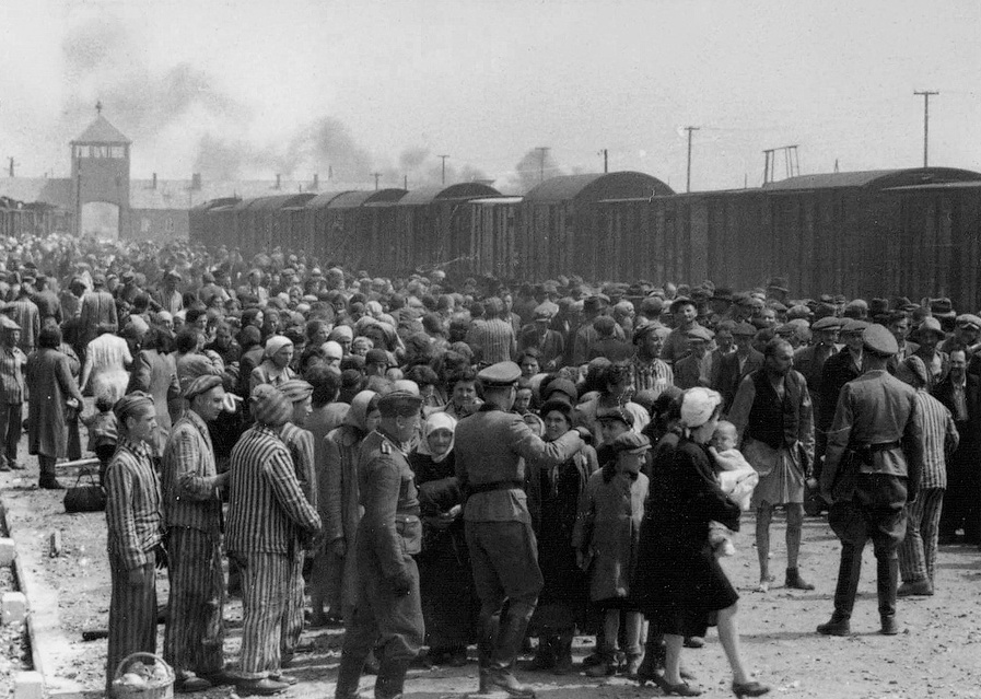 """Selection"" of Hungarian Jews on the ramp at Auschwitz-II-Birkenau in German-occupied Poland, May/June 1944 (public domain via Yad Vashem)"