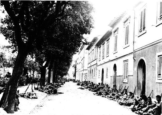 Japanese-American troops of 100th Infantry Battalion of US 442nd Regimental Combat Team resting in Livorno, Italy, 19 July 1944. (Hawaii War Records Depository)