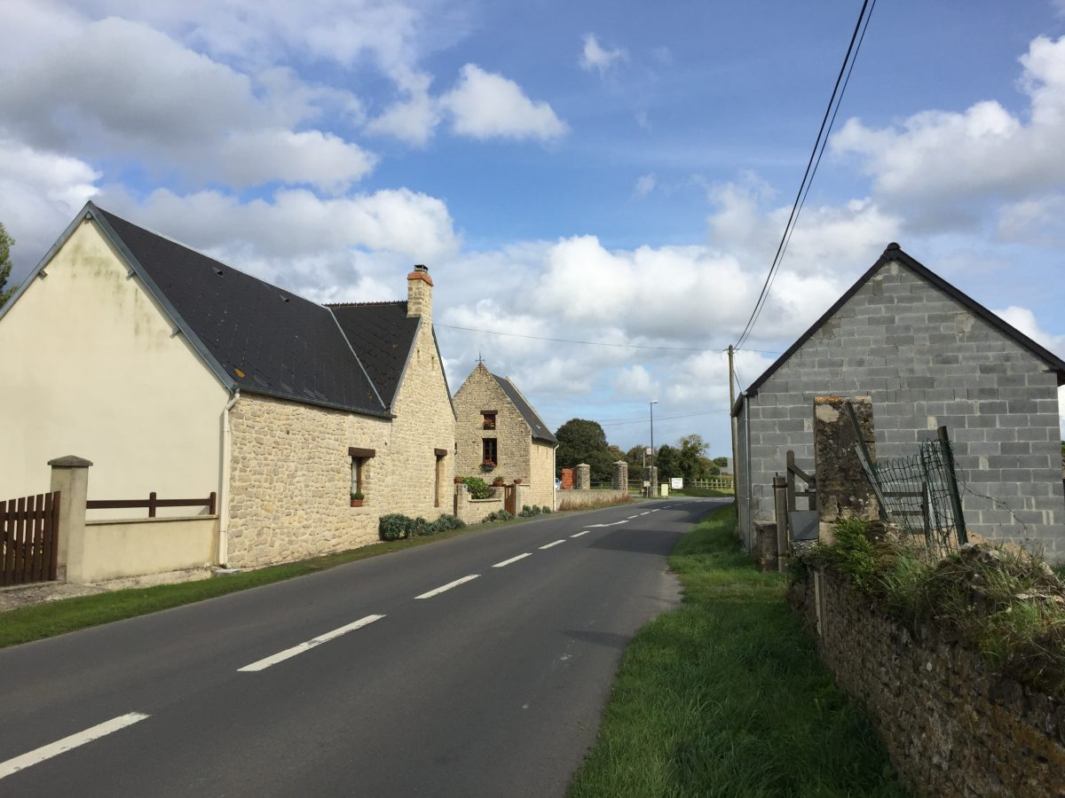 Village of Au Guay, near Pointe du Hoc (Photo: Sarah Sundin, September 2017)