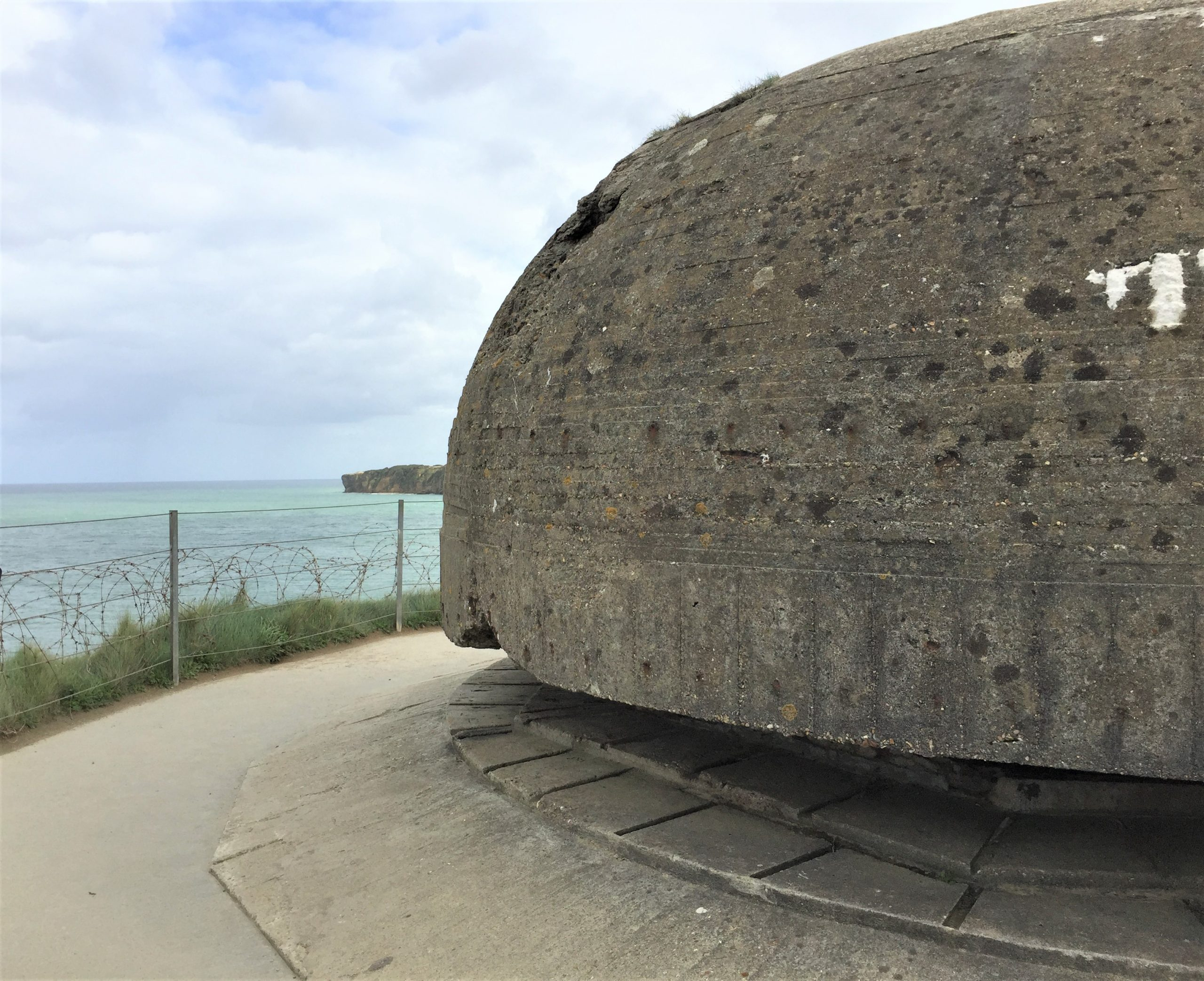 Observation post at tip of Pointe du Hoc (Photo: Sarah Sundin, September 2017)