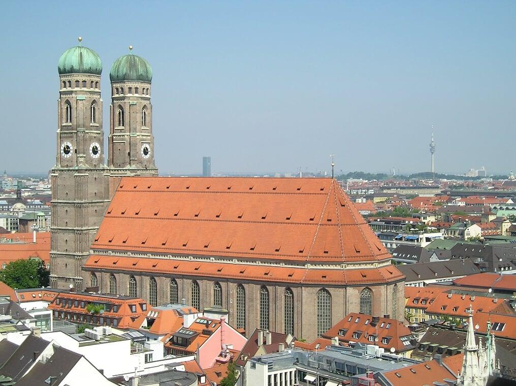 The Frauenkirche in Munich, Germany (Photo courtesy of Stephen Sundin, July 2007)