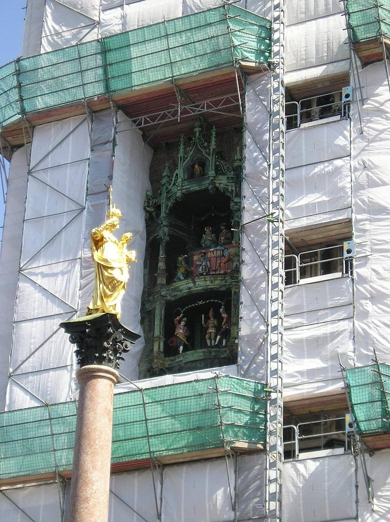 The Glockenspiel in the Neues Rathaus, under construction (Photo courtesy of Stephen Sundin, July 2007)
