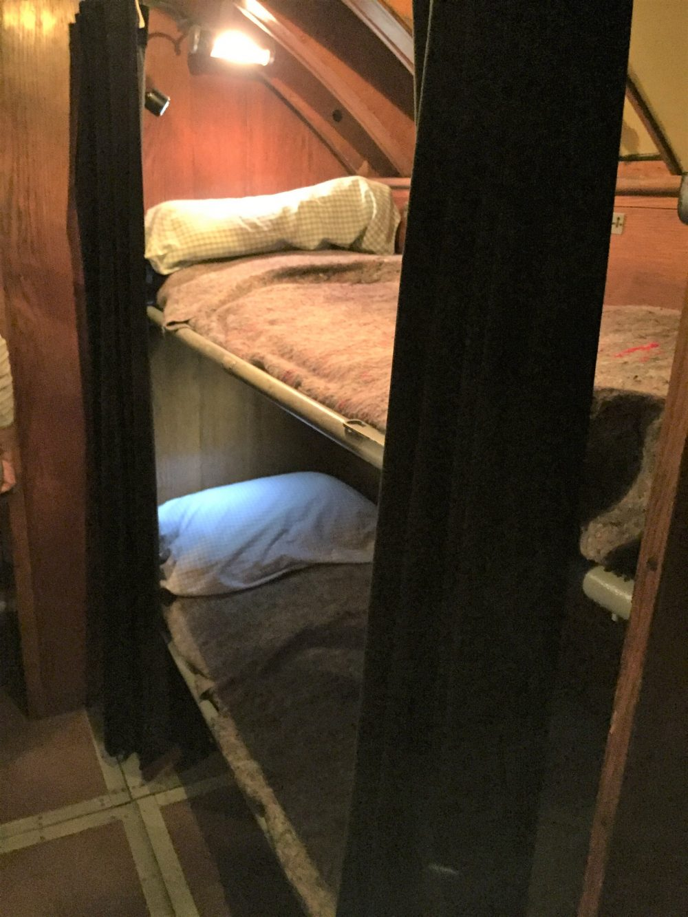 Officers' bunks in U-505, Chicago Museum of Science and Industry (Photo: Sarah Sundin, September 2016).