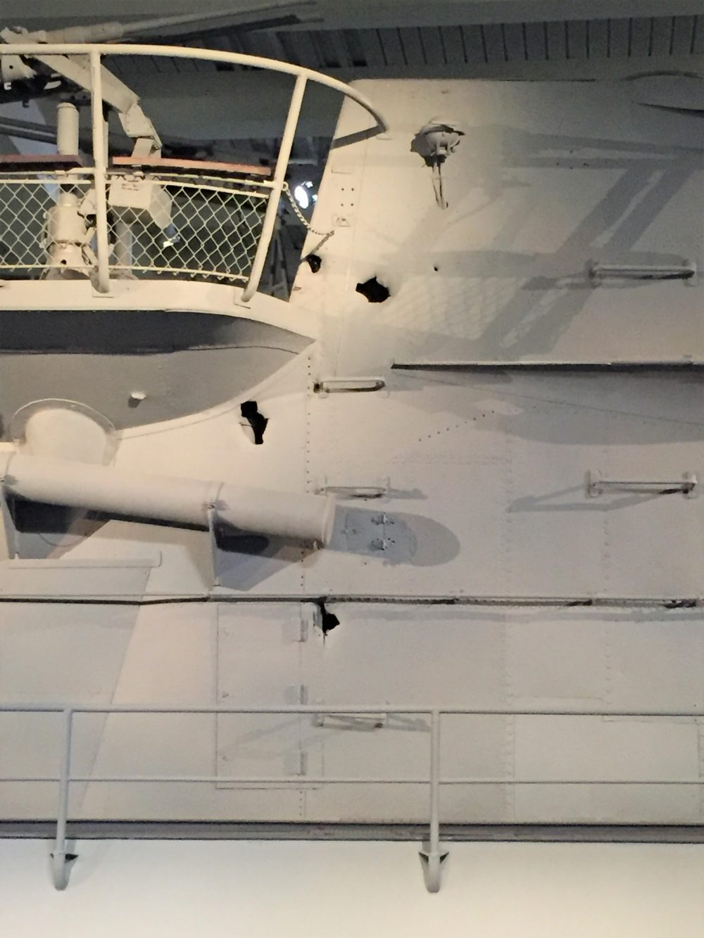 Damage to the conning tower of U-505, Chicago Museum of Science and Industry (Photo: Sarah Sundin, September 2016)